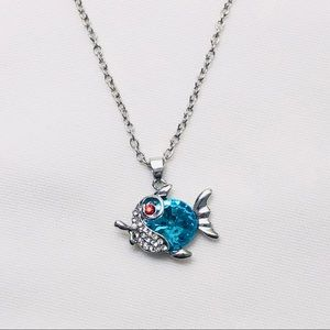 Fish 🐠 Pendant necklace silver chain